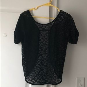 Short sleeved lace top